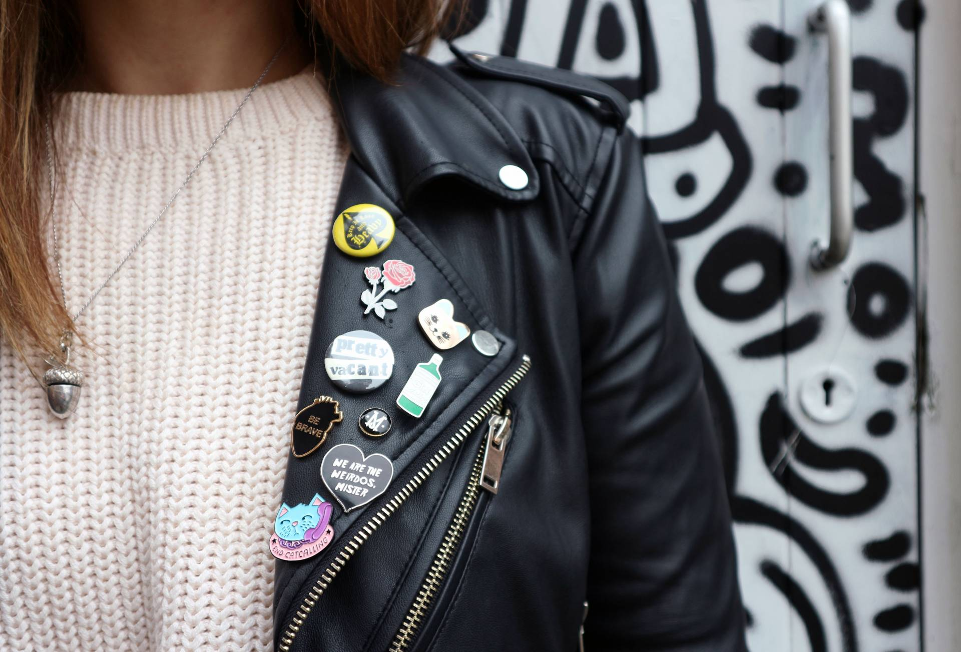 AW16 Trends Pins